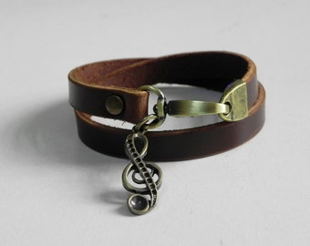 Leather Bracelet Women Bracelet Leather Cuff Bracelet Leather Charm bracelet in Brown Color with Metal Musical Charm