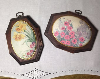 Vintage 3D Wall Art FLORAL Oval Wooden Plaque Set With Shimmery Finish Daffodil Hanging
