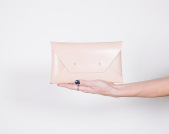 Jennas Natural Large Clutch