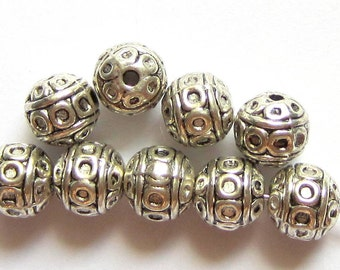 30 Antique silver beads spacers  lead nickel free 8mm SB44