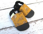 Classic Vegan Paleontologist in Brown / Non-Slip Soft Sole Shoes / Made to Order / Babies Toddlers Preschool