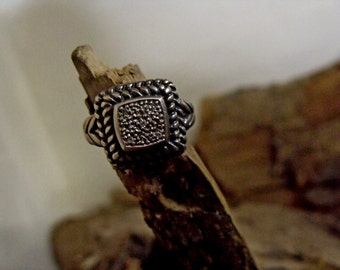 Sterling Silver Ring with Genuine Diamonds RF777