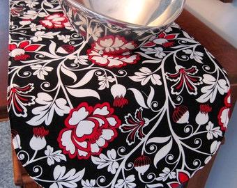 "Black and Red Table Runner 36"" Reversible Modern Black Table Runner Black and White Table Runner Red and Black Table Runner Bold Red Runner"