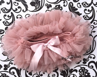 VINTAGE PINK TUTU Bloomers , ruffles all around,Chiffon Baby Bloomer, Diaper cover, photo prop, newborn bloomer,Many Colors to choose