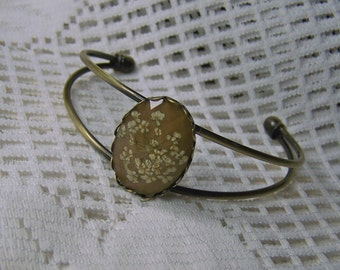 Real Flower Jewelry, Adjustable Cuff bracelet, real flowers, Pressed flower Cuff Bracelet, Antiqued gold, Faceted Toffee Tan, Coffee & Cream