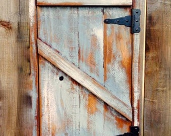 Hanging Shelf with Door - Kitchen - Bath - Spice Rack - Reclaimed Wood - Shabby - Cottage Chic - Storage Shelves - Bathroom - Cute