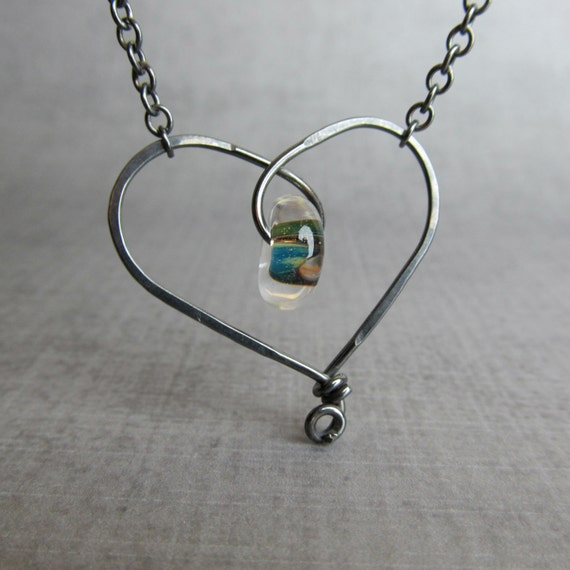Wire Heart Necklace, Lampwork Necklace Green, Oxidized Necklace Sterling Silver, Whimsical Heart, Necklace Heart Glass, Valentine Necklace