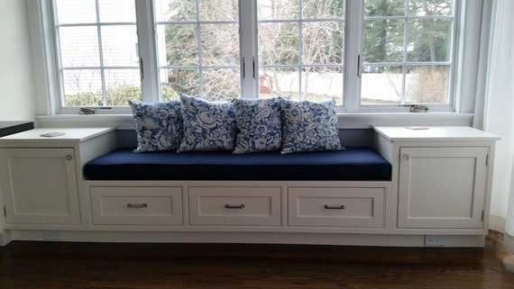 coussin personnalis custom window seat si ge banquette. Black Bedroom Furniture Sets. Home Design Ideas