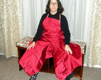 Pottery Apron with Ultimate Coverage Split Leg Panel in Red and Rainbow
