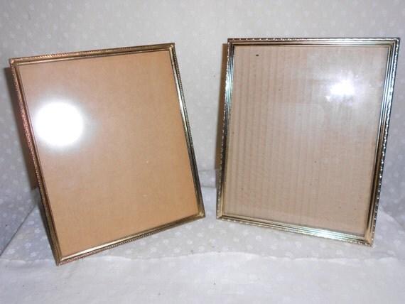 gold tone picture frames 8 x 10 glass set of 2. Black Bedroom Furniture Sets. Home Design Ideas