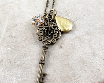 Skeleton Key Necklace Antique Skeleton Key Pendant Locket Charm Necklace Vintage Inspired Key Necklace Gift for Her
