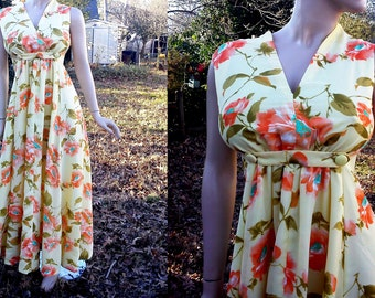 60s Prom Dress / Vintage Maxi Dress / Vintage Dress / Floral Dress / 60s Dress in Beautiful Spring Colors Size 8