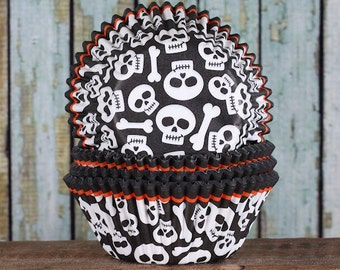 Pirate Party Cupcake Liners, Pirate Cupcake Wrappers, Skull & Bones Cupcake Liners, Halloween Cupcake Liners, Baking Cup (50)