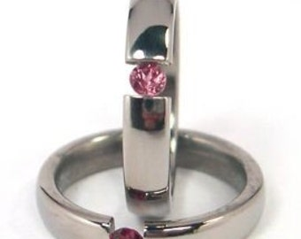 New 4mm Titanium Tension Set Ring, Garnet Bands, Free Sizing 4.5-11: Z4HR-P-Ten-Garnet