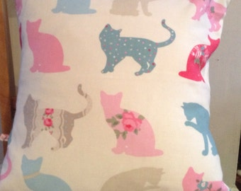 Shabby chic Cats fabric cushion cover with spot reverse 15 x 15 inch