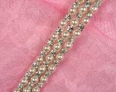 N62 Ivory Pearl Crystal Clear Rhinestone Trim