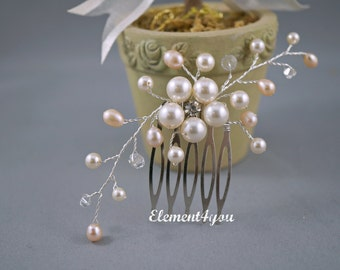 Bridal comb, Ivory pale peach pearls hair piece, Wedding hair accessories, Freshwater cream pearls, Flower hair vines, Silver or gold comb