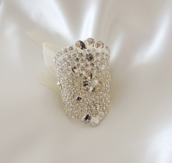 Bridal Bouquet Jewelry Crystals Beaded Embellishment Wrap Flowers Applique