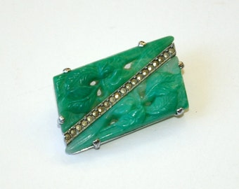 1920s Art Deco Peking glass jade brooch