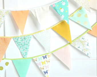 SHIPS NOW Mint Green Peach and Gold Fabric Bunting Garland 9 Feet / Vintage Carnival Decorations / Mint and Gold Party / Fabric Banner