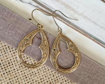 Antiqued Brass Moorish Arabian style earrings, Filigree earrings, Brass earrings.