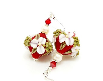 Red & White Floral Earrings, Lampwork Earrings, Glass Earrings, Glass Bead Earrings, Christmas Earrings, Beadwork Earrings, Lampwork Jewelry