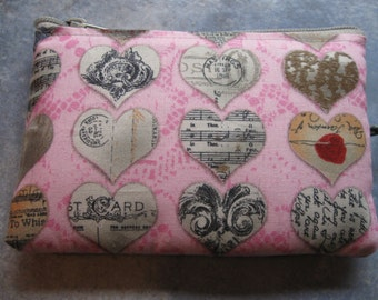 vintage printed hearts on pink padded makeup jewelry bag