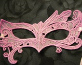 Fairy Eyes Lace Mask in Lavender