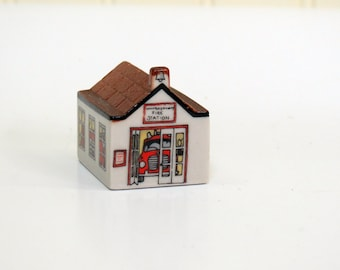 Wade Whimsies on Why #31 Fire Station Porcelain Miniatures England