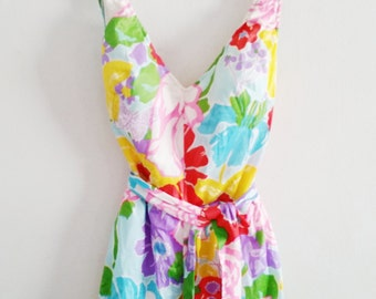 Adorable 1960s Bright Floral Pin Up Ruffled Shorts Style Mod Bathing One Piece Swimsuit