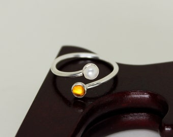 Amber & Pearl Ring // Sterling Silver // Duality // Open Ended  // Sterling Silver // Stacker Ring // Stacking Ring // Gemstone Ring