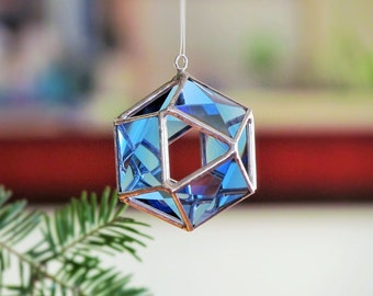 Christmas Tree Ornament, Blue Glass Crystal Geometric Christmas Ball Decoration, 3D Stained Glass Globe Suncatcher