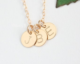 Custom Gold Initial Disc / 14K Gold Filled Personalized Necklace / Hand Stamped Monogram Necklace / Gold Or Silver / Simple Dainty Necklace