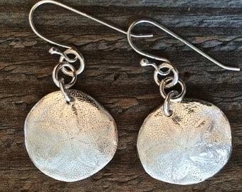 sand dollar earrings, silver sand dollar, sanddollar earrings, silver jewelry, surfer gift, beach wedding, birthday gift, bridesmaid gift