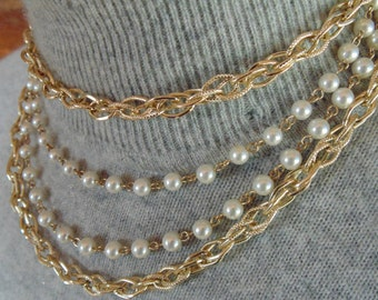 Gold ELOXAL CHOKER NECKLACE vintage 1950s 1960s multistrand Gold Tone Textured Chains & Faux Pearls lovely clasp