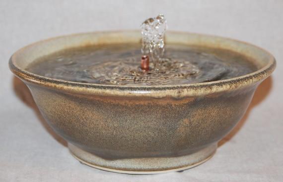"Cat Fountain - Pet Fountain - Indoor Fountain - 10 Inch Diameter ""Sonora"""