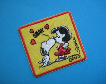 Iron-on Embroidered Patch Snoopy and Lucy 2.75 inch