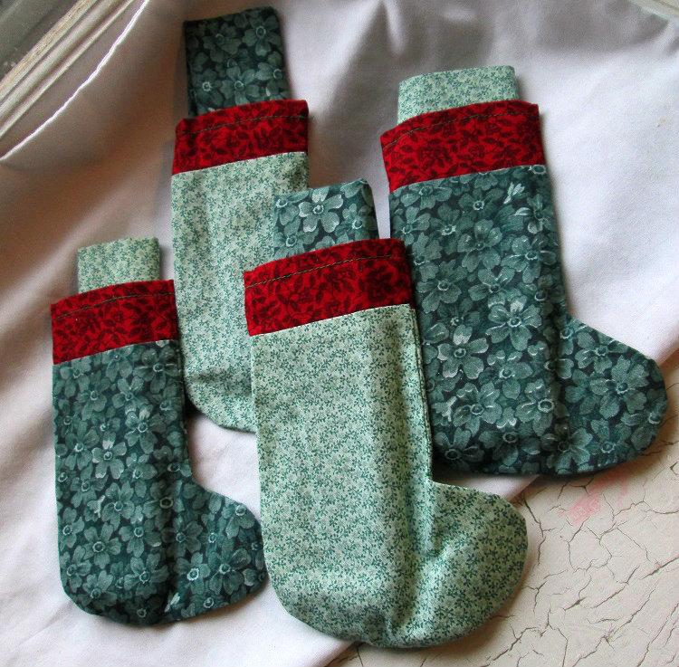 christmas stocking napkins holders hand sewn set of four. Black Bedroom Furniture Sets. Home Design Ideas