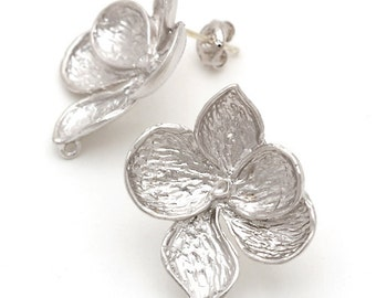 SI-117-MS / 2 Pcs - Full Bloom Tropical Flowers Stud Earrings, Matte Silver Plated over Pewter, with .925 Sterling Silver Post / 21mm x 23mm