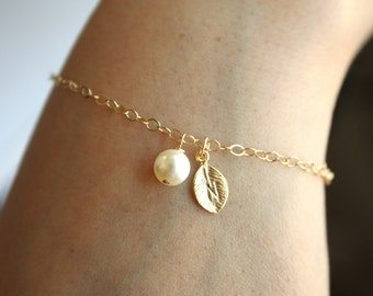Cute Initial Leaf and Pearl  Bracelet -  Gold Filled - bridesmaids gift, custom letter, modern , Simple  , petite bracelet, perfect gift