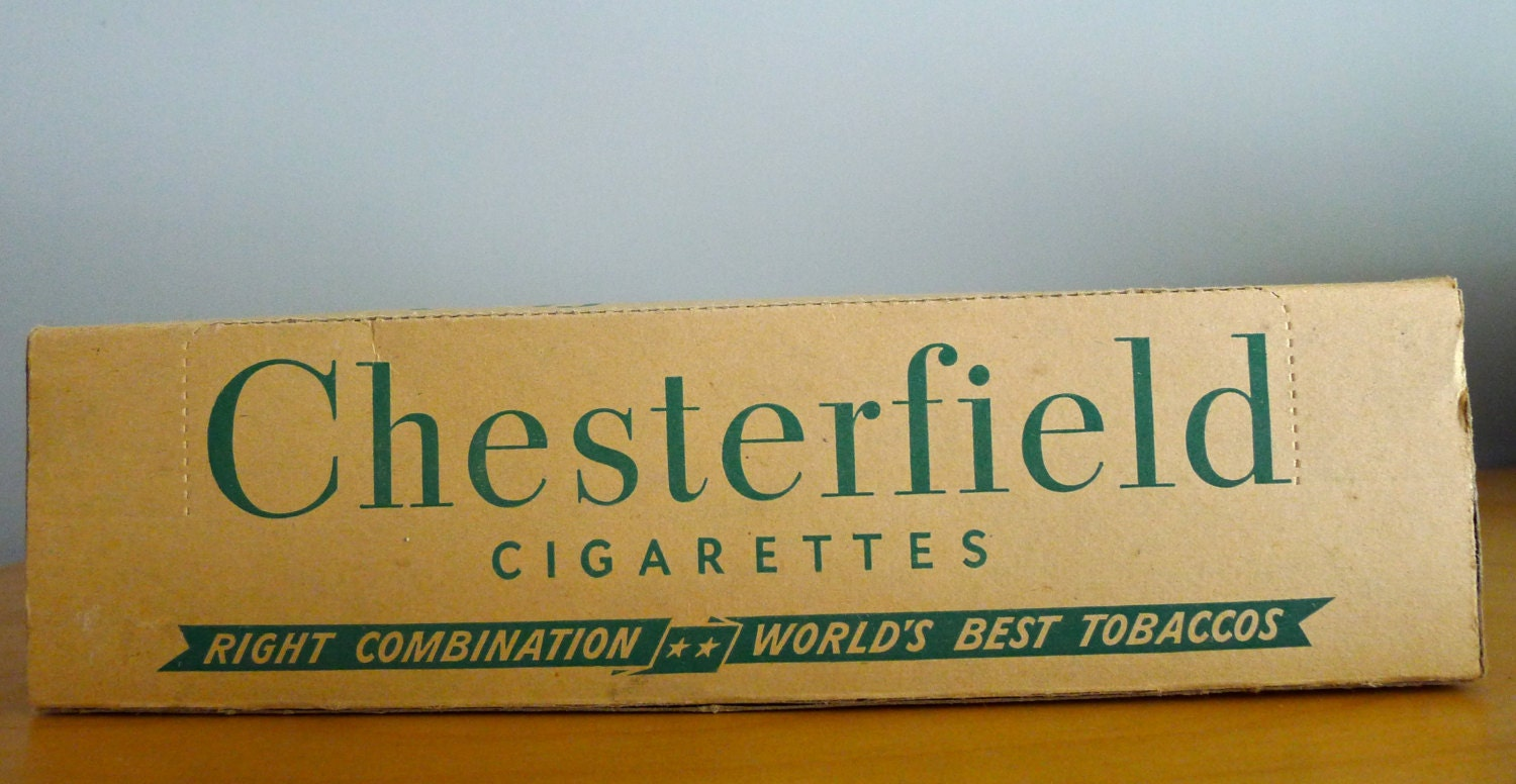 bo te de carton de cigarette vintage cigarettes chesterfield. Black Bedroom Furniture Sets. Home Design Ideas