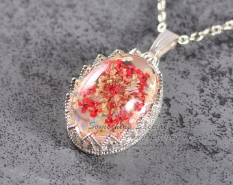 Real flower necklace Cream red flower necklace Pressed flower jewelry silver Resin necklace Nature inspired Botanical jewelry Spring gift