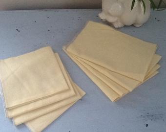 Vintage Linen Napkins / Yellow Napkins / Vintage Napkin Set / Large Dinner Napkins / kisvteam