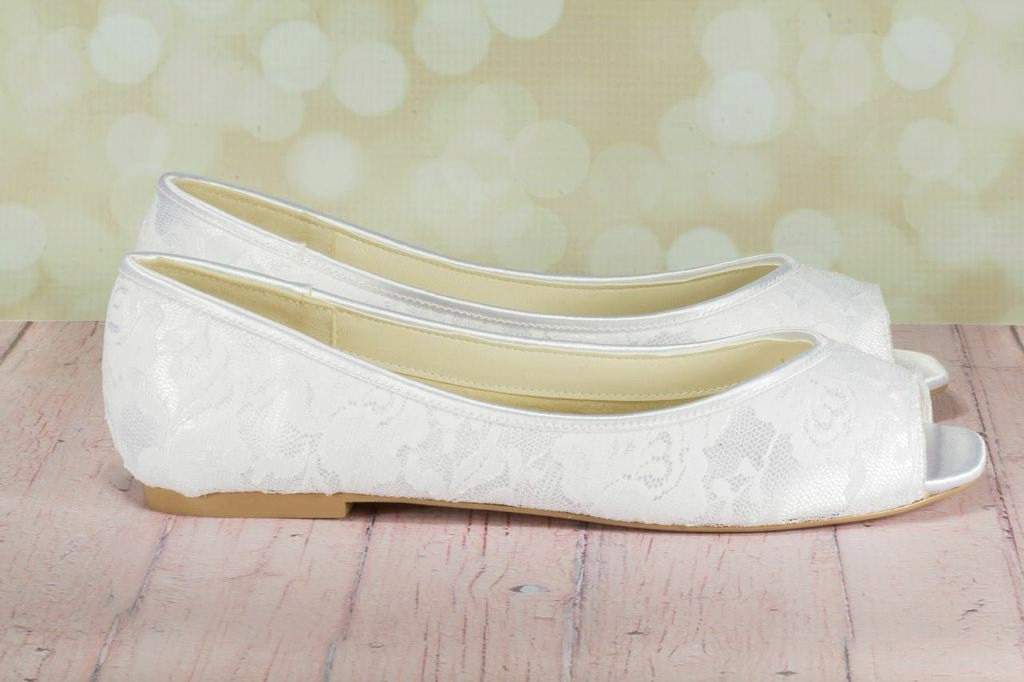 Wedding Dresses With Flats : Lace shoe wedding shoes flats