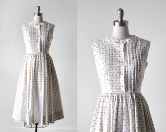 1960's dotted dress. white. 60's sleeveless dress. full skirt. pleated sundress. s. 60 ivory dress.