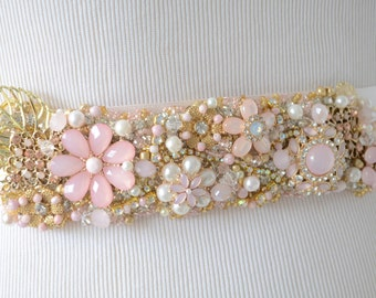 READY TO SHIP, Blush and Gold Bridal sash, Heirloom Brooch Cluster sash, Bridal Blush and Gold sash, Couture Bridal sash, Gold bridal sash