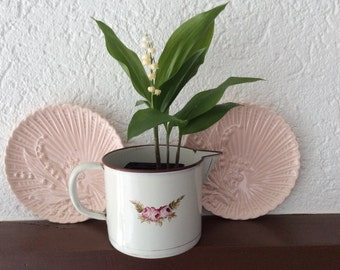 Majolica Pink Lily of the Valley