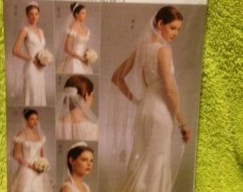 Bridal Veil // Vogue Accessories  // Headpiece // Tiara V8569