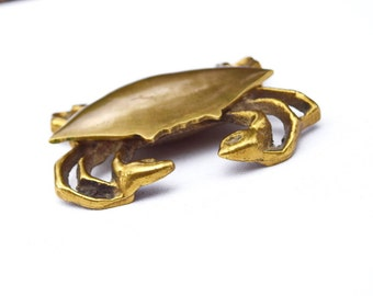 Crab jewelry box brass vintage trinket box ash tray hidden compartement jewelry organizer crab figurine storage beach decor weddingnautical