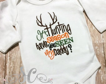 Cool Baby Shower Gift - It's Hunting Season - Daddy's hunting buddy - baby boy bodysuit - Baby Christmas Gift - Pregnancy Announcement Shirt